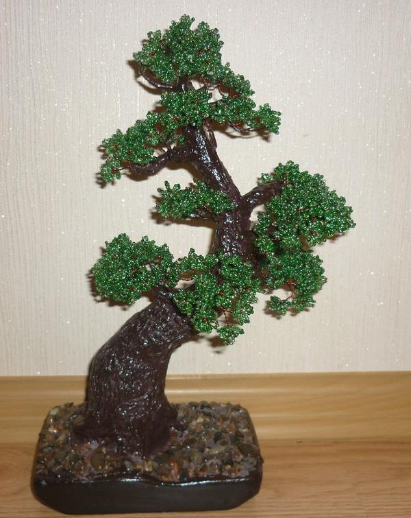 бисером дерева бонсай.